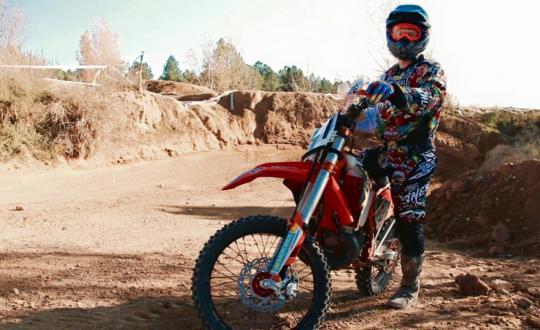 Spain - Enduro - Speed - Style - Good Times - ktm - spanje - renders - roels - motocross - jumps - 6d - helmet - off road - pro - fail -