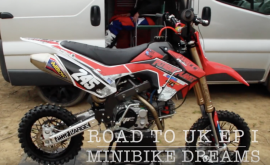 minibike, moto , practice , riding, bike, gilles van belle, bucci f15, helecine, track, fun, goodtimes, fail, youtube, facebook, webshop